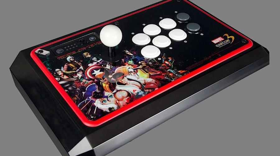 Ultra Street Fighter IV do PS4 vai aceitar joysticks do PS3