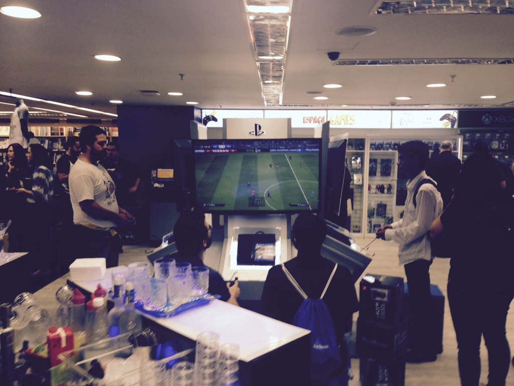 Sony inaugura espaço PS Experience Store no Brasil PS-Experience_15