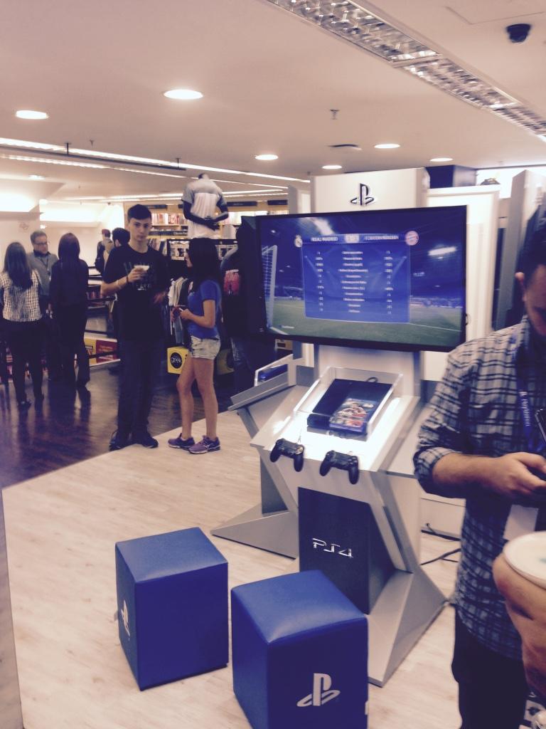 Sony inaugura espaço PS Experience Store no Brasil PS-Experience_2