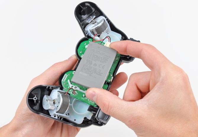 Como trocar bateria DualShock 4