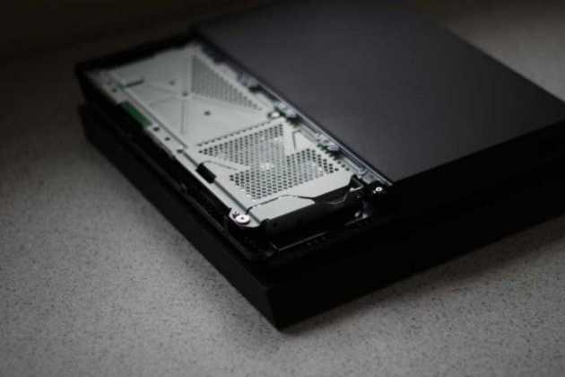10 principais diferenças entre o PS4 e o PS4 SLIM 2