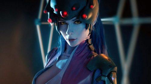Cosplay incrível de Widowmaker, de Overwatch