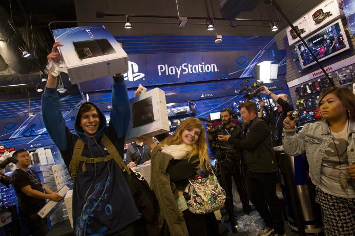 PlayStation 4 é o console mais vendido do mês de junho