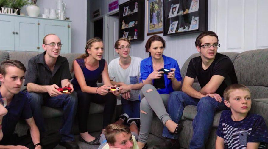 Sony lista 18 jogos para você se divertir localmente com amigos no PS4