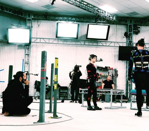 """The Last of Us 2: foto de bastidores mostra """"Joel"""" em cena 2"""