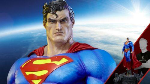 Rocksteady nega que esteja trabalhando em jogo do Superman