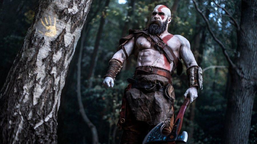 God of War: cosplayer recria momentos icônicos do jogo em belas imagens