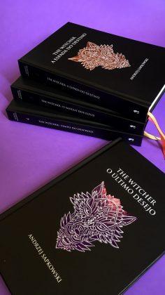 Voa, bruxão! Amazon oferece edições em capa dura de The Witcher com descontos 4