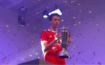 Zezinho campeão do FIFA