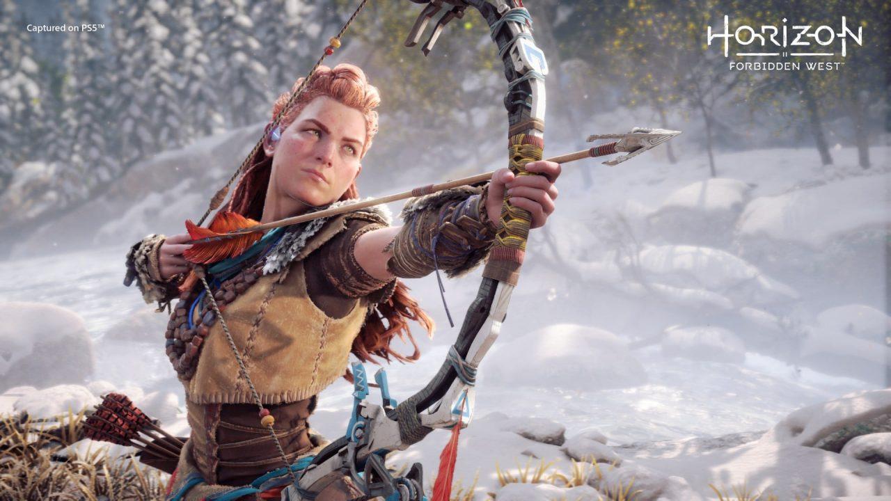 Imagem da matéria sobre eventos de games com Horizon Forbidden West com a protagonista Alloy utilizando um arco e flecha