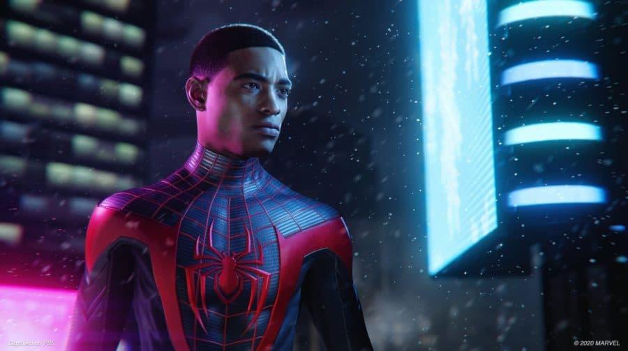 Spider-Man Miles Morales: bug transforma Miles em uma lixeira