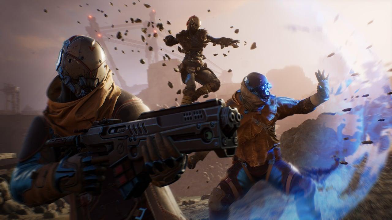 Personagens do game Outriders com armas na mão e invocando poderes.