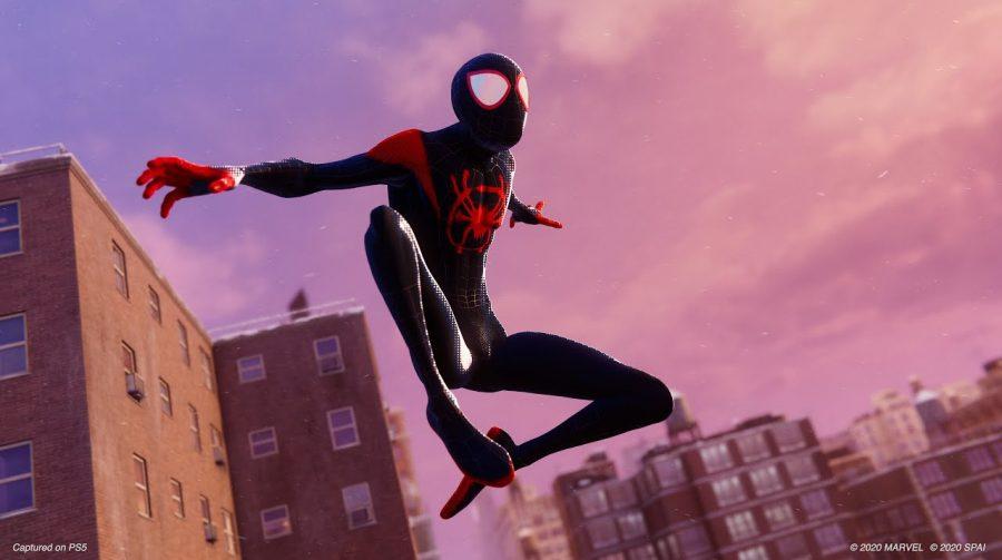 Marvel revela 11 minutos de gameplay do Miles Morales com o traje do