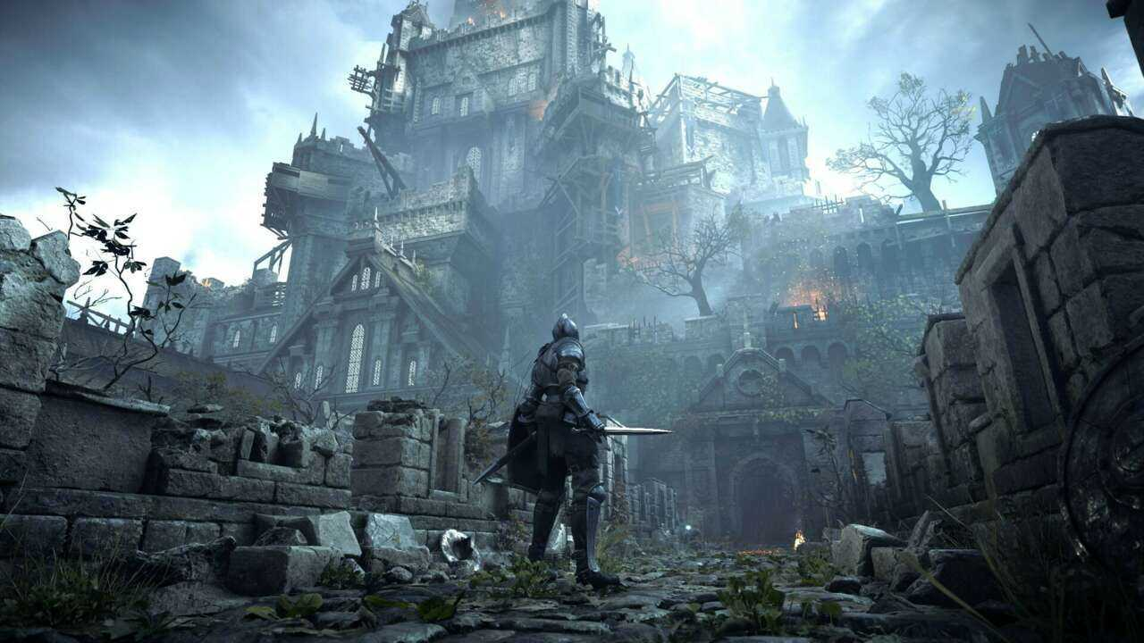 Imagem do jogo Demon's Souls, da Bluepoint Games, com o protagonista olhando para uma grande estrutura ao fundo