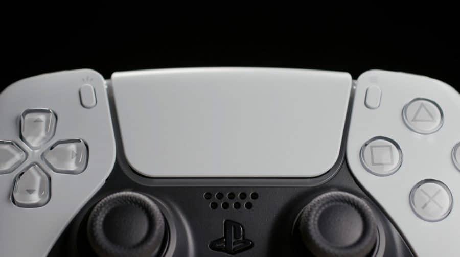 Parte frontal do DualSense é aparentemente removível, revela youtuber