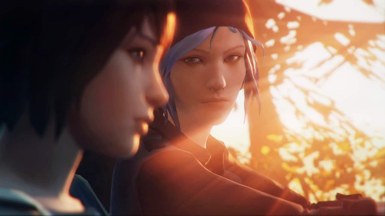 Chloe olhando para Max em uma cena de Life is Strange Remastered Collection