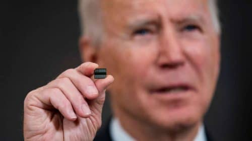 PS5: Joe Biden quer resolver a escassez de semicondutores