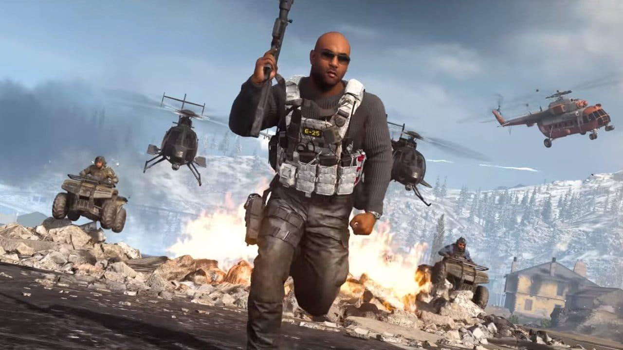 Imagem de um soldado armado correndo no jogo Call of Duty: Warzone