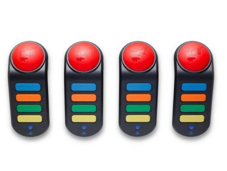Imagem de quatro controles Buzz!