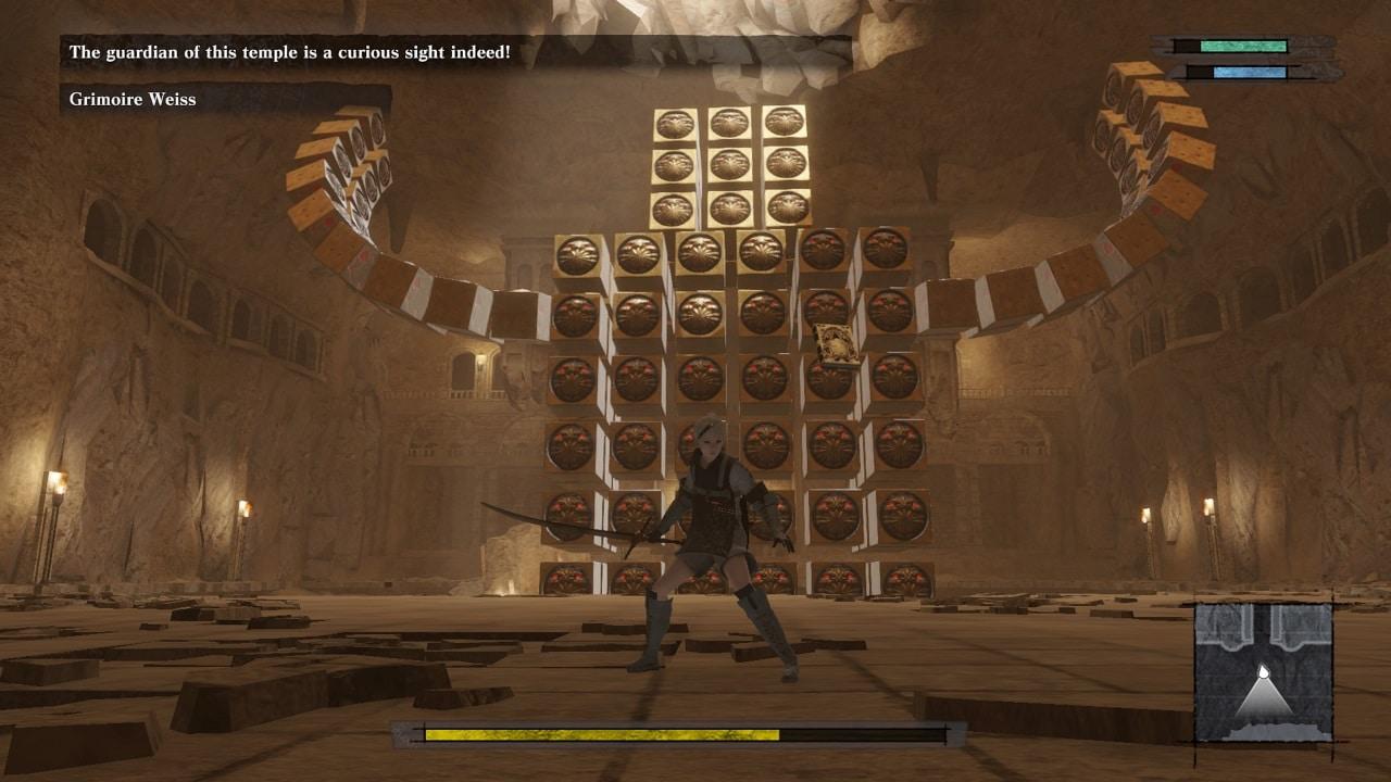 Imagem do jogo NieR Replicant que mostra o protagonista na frente e atrás uma grande criatura formada por cubos.
