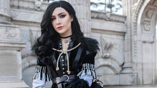 Lilás e Groselha! Cosplay de Yennefer, de The Witcher 3, impressiona pela fidelidade