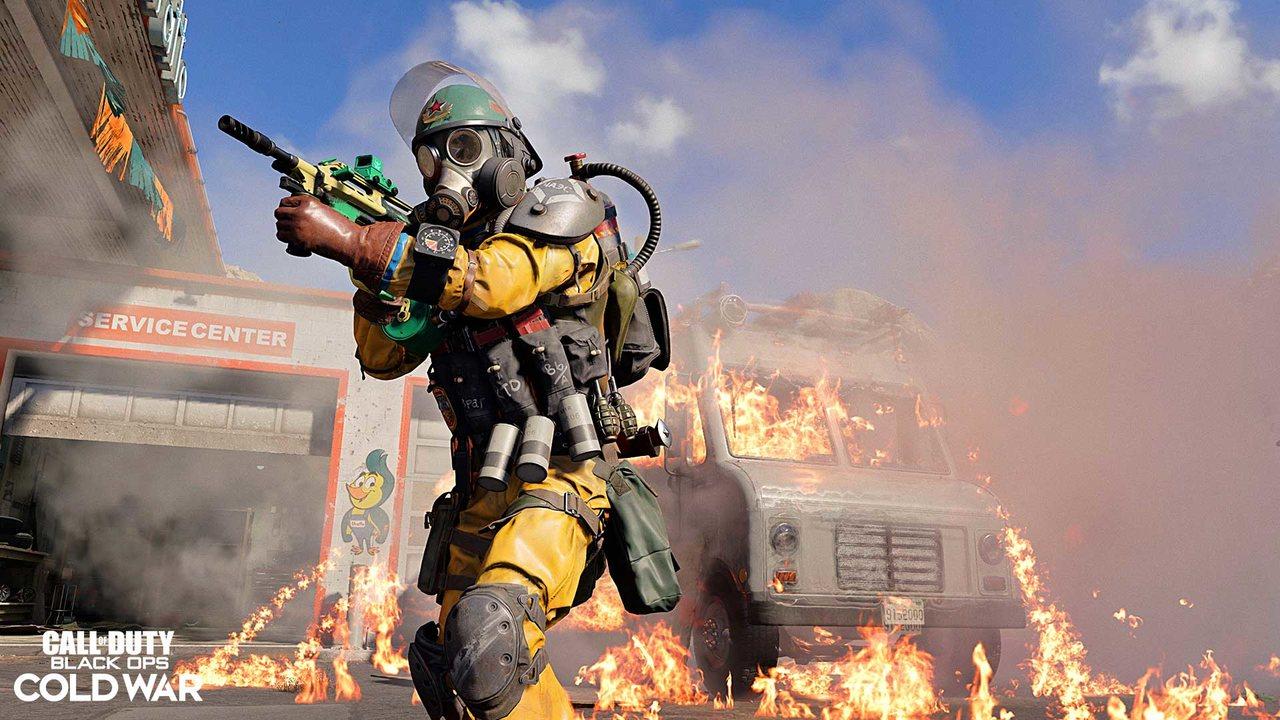 Imagem do novo operador da 3ª temporada de Black Ops Cold War e Warzone com uma arma