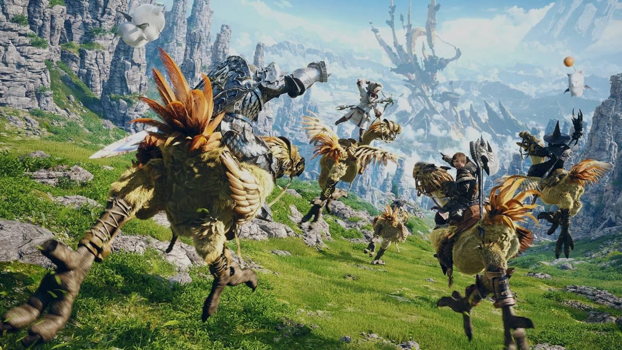 Personagens de Final Fantasy andando em Chocobos num campo aberto.