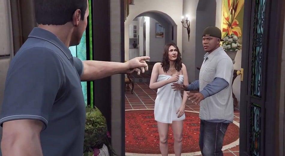 Personagens de GTA V, Michael, Franklin e Amanda em uma discussão.