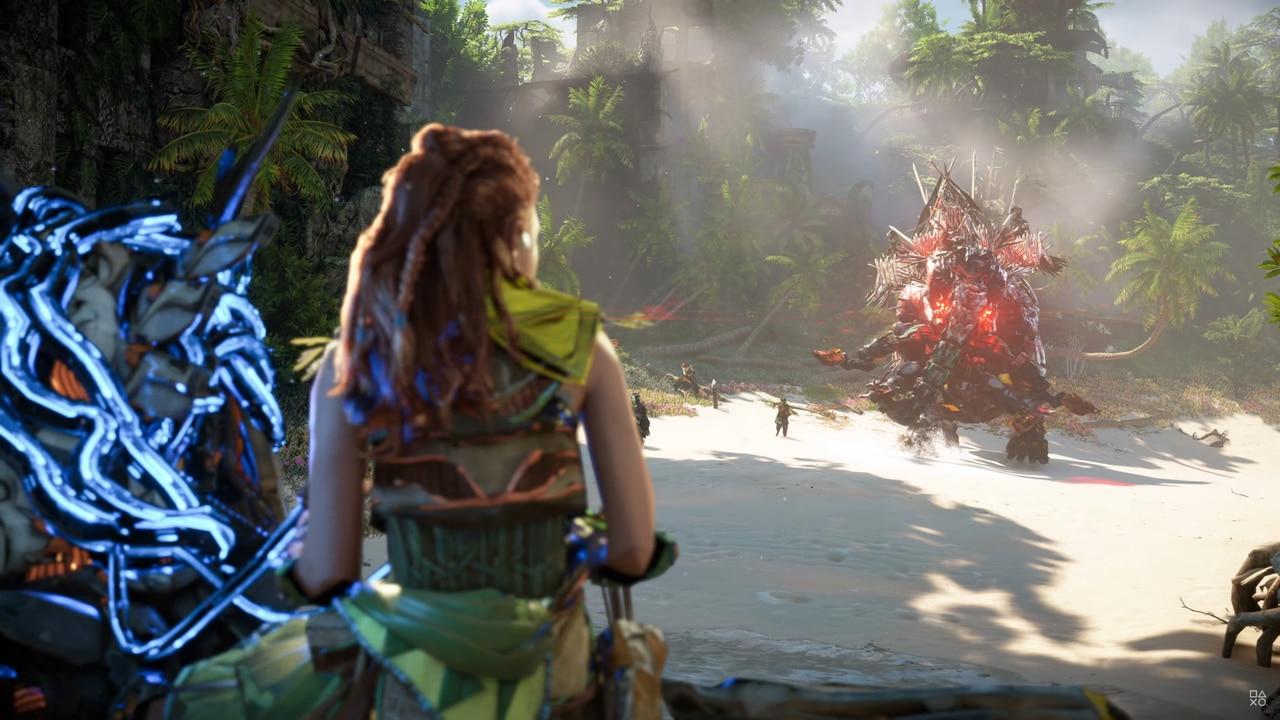 Imagens de Horizon Forbidden West com a protagonista Aloy encarando uma máquina gigante
