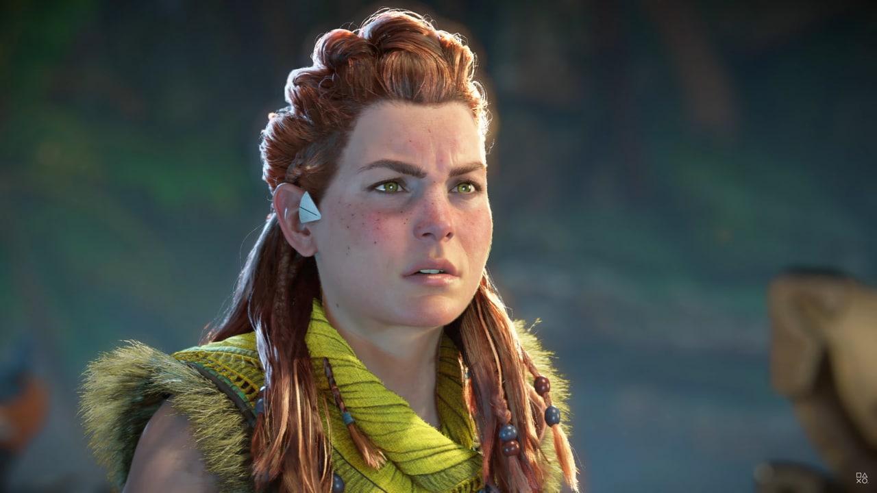 Imagens de Horizon Forbidden West com a protagonista Aloy com olhar fixo