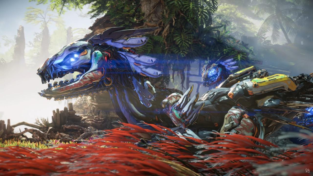 Imagens de Horizon Forbidden West com a protagonista Aloy com uma máquina em destaque