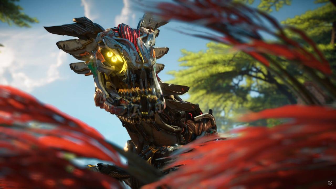 Imagens de Horizon Forbidden West com um robô em destaque