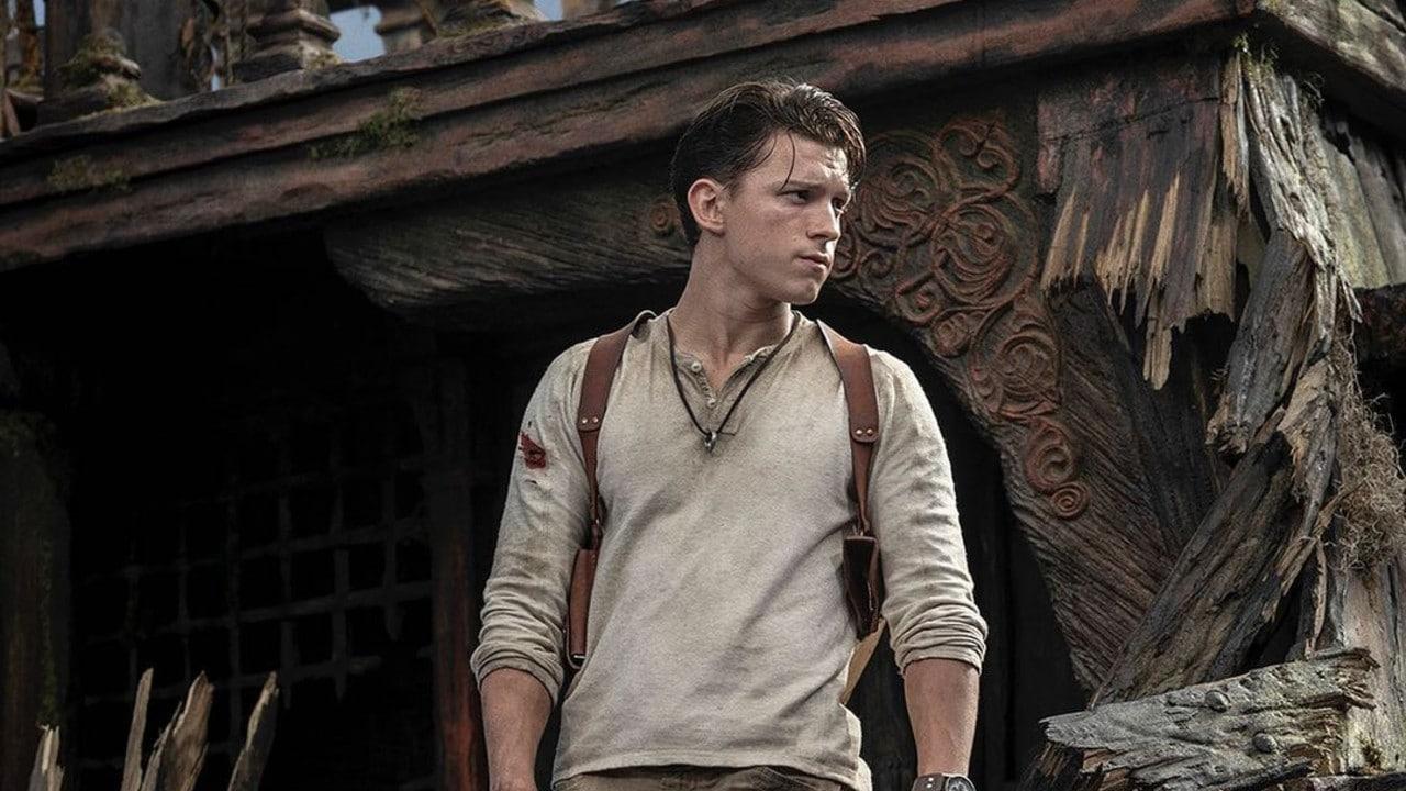 TOm Holland interpretando Nathan Drake em Uncharted, filme da PlayStation Productions