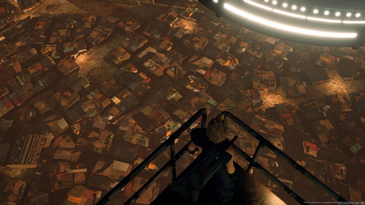 Imagem do jogo Final Fantasy VII Remake Intergrade com o protagonista olhando para baixo