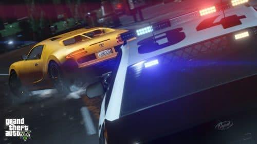 Homem nu para de jogar GTA Online para brigar com ladrão de peças de carro